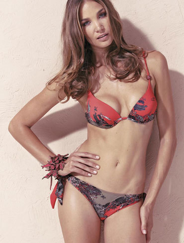 Save the Queen: Verona D122 Bikini